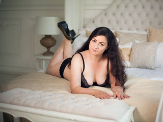 beautiful webcam girl LeyaGentle