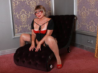 mature female escorts group chat