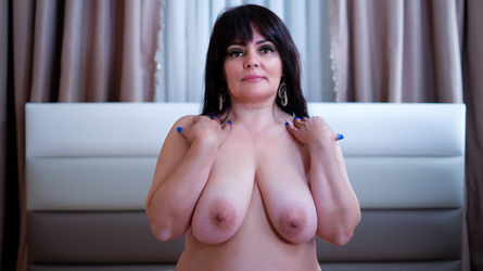 SensualHolly4You | LiveJasmin