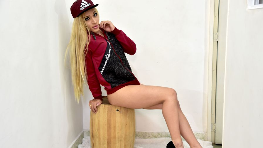 CHARMINGCHERRYTS | Shemalelivesexcams