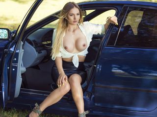 jasmin camgirl video queensquirt20