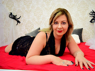 webcam striptease EllaCammi