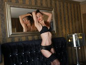 TaniaLoren - adultzonecams.com