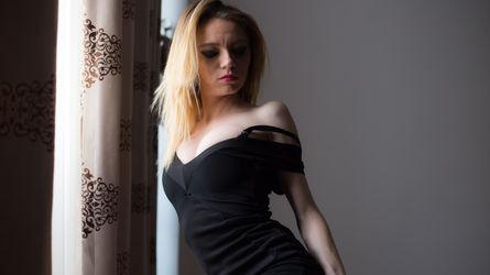 LilAlyneee