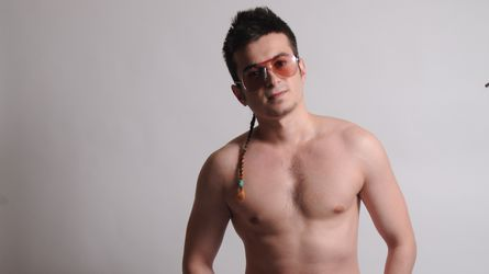friendlyboyUK | LiveJasmin