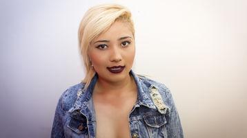 XimenaJones | Jasmin