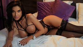 LovelyKinsley | Jasmin