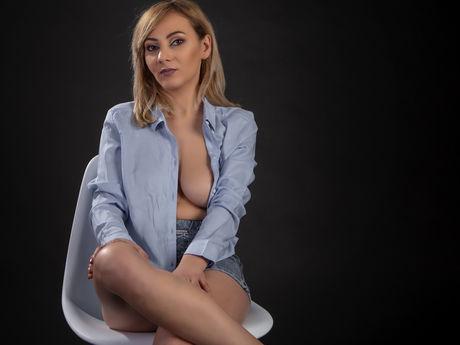 EllyeNova
