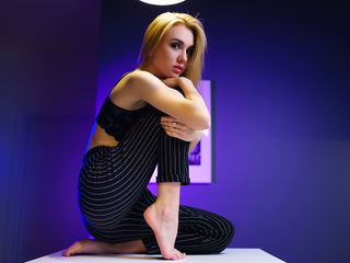 sex web cam chat room MonikaRay