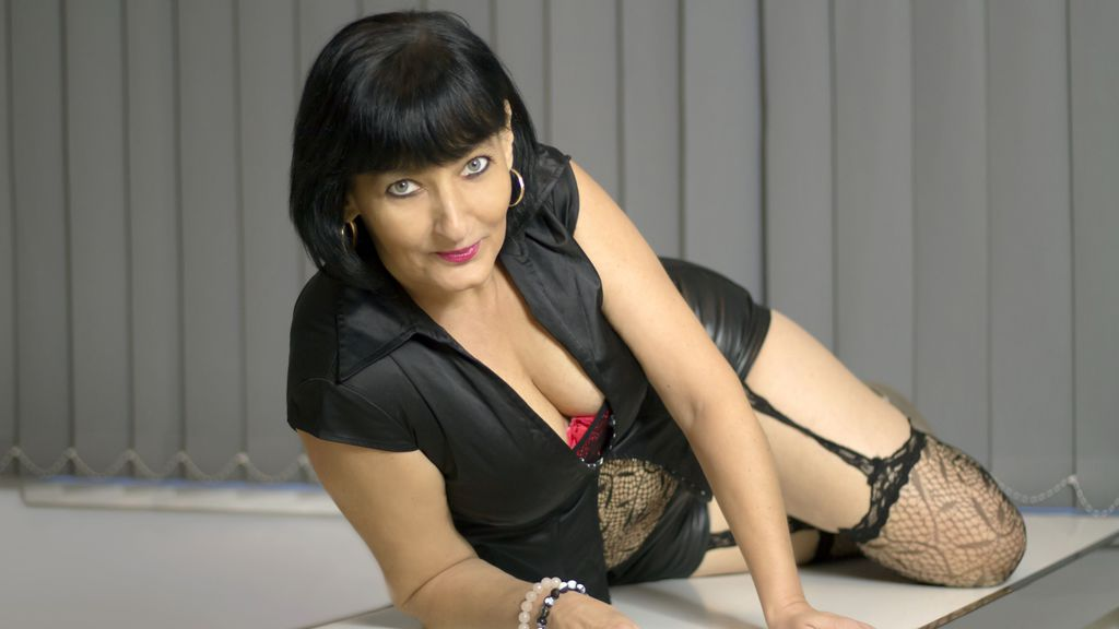 AdriannaSEXYY's profile from LiveJasmin at GirlsOfJasmin'