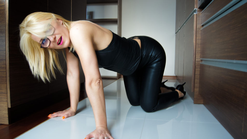 Watch the sexy loriStyles from LiveJasmin at GirlsOfJasmin