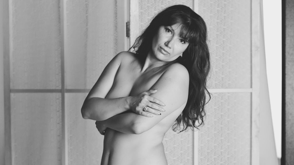 Watch the sexy sexywoman45 from LiveJasmin at GirlsOfJasmin
