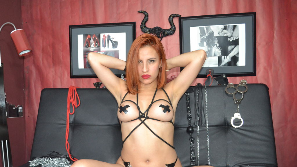 GIRLBONDAGE online at GirlsOfJasmin