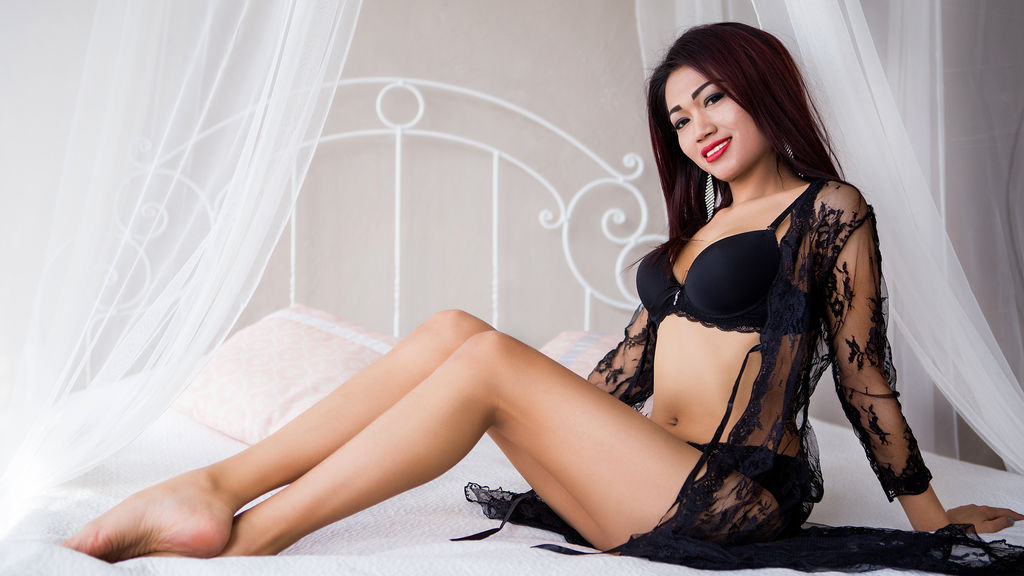 Watch the sexy LuxyryGirl from LiveJasmin at GirlsOfJasmin