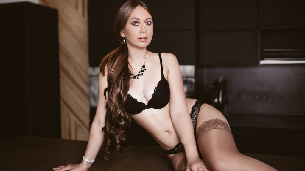 TirelessBrooke online at GirlsOfJasmin