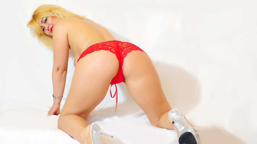 Watch the sexy WetGaby from LiveJasmin at GirlsOfJasmin