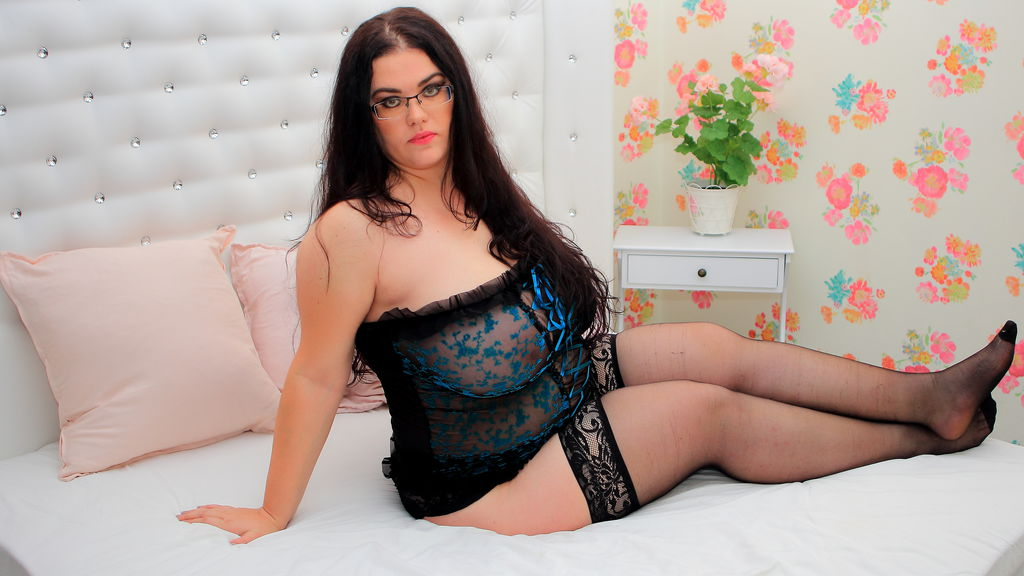 BBWAddiction online at GirlsOfJasmin