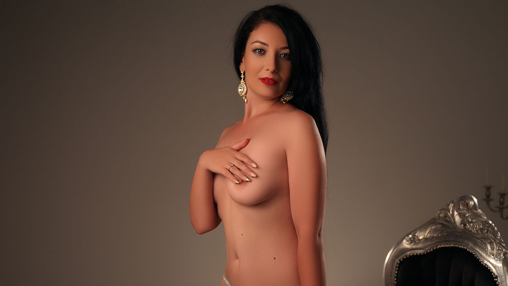 GracefulFelicia online at GirlsOfJasmin
