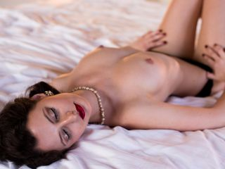 Cam to Cam Live Show with ClaraAddams