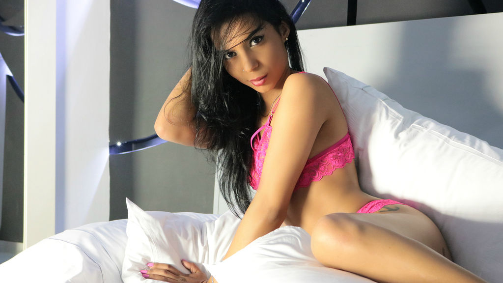 Watch the sexy MARTINNAdream from LiveJasmin at PULA.ws