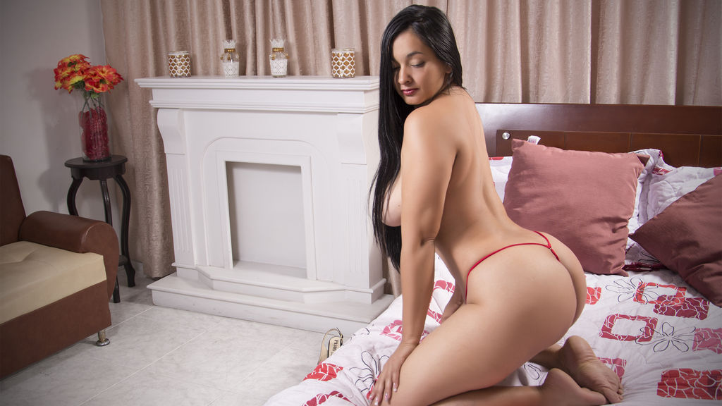 belleluluxxx online at GirlsOfJasmin