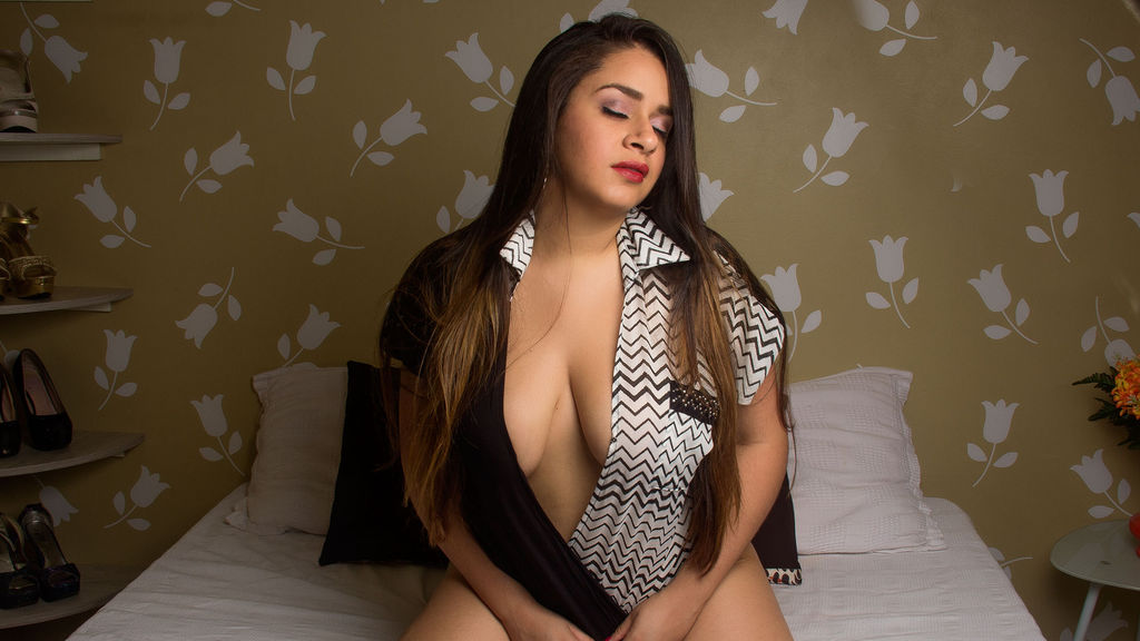 MonikRain online at GirlsOfJasmin