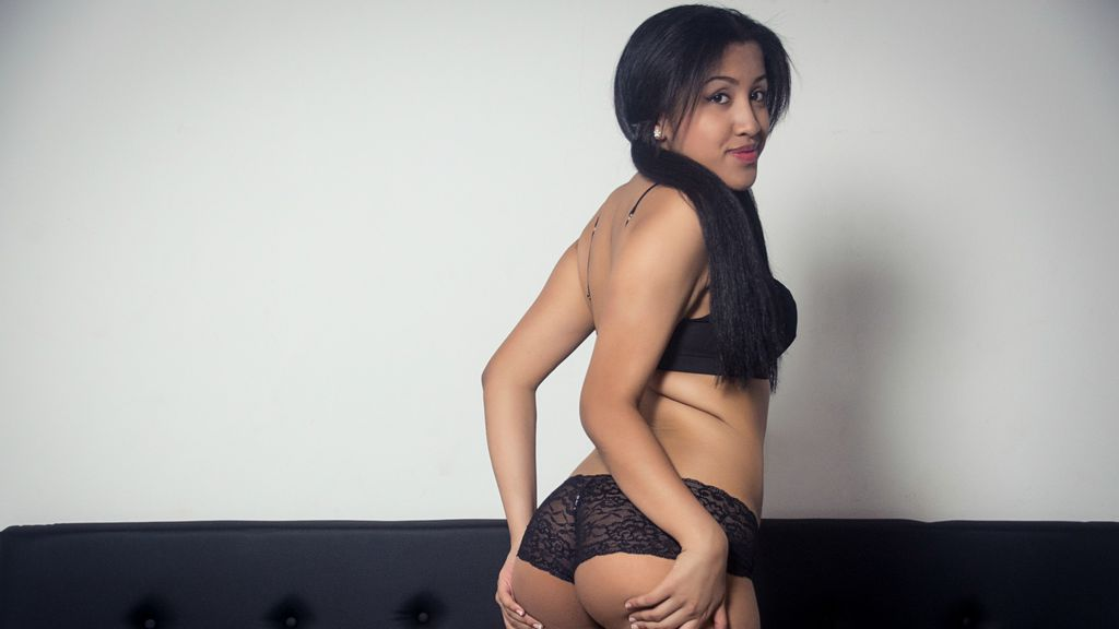 ScarlettCox online at GirlsOfJasmin