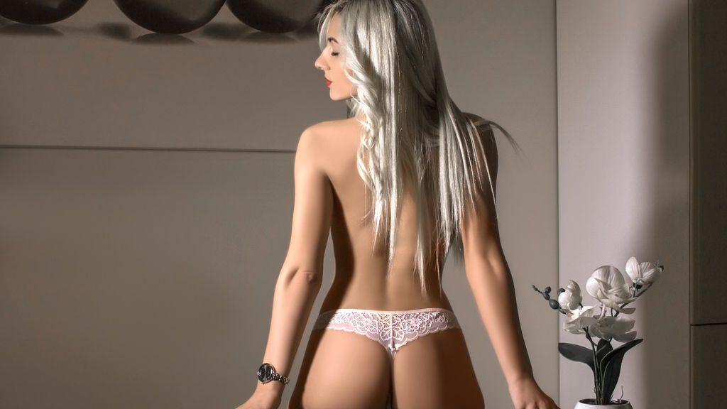 SophiaXStar online at GirlsOfJasmin