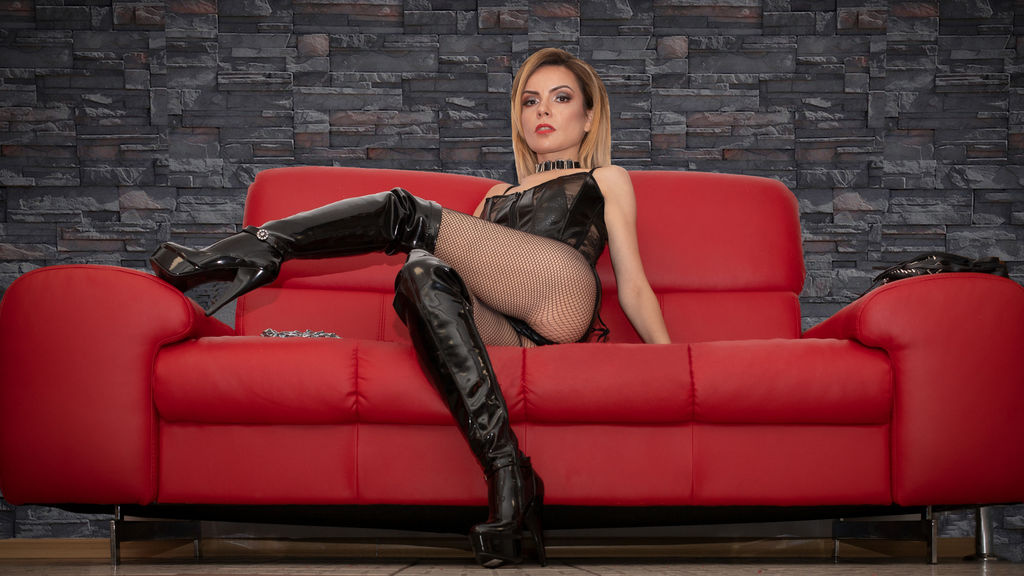 DomCaprice LiveJasmin Webcam Model