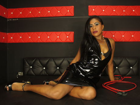 Live show with Mistress ebonyysexyready