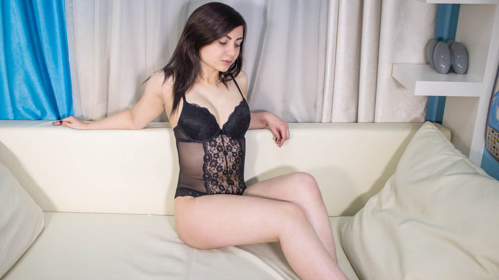 AngelicSirena online at GirlsOfJasmin