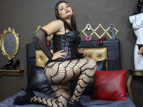 Live show with Mistress MARIANASLUT