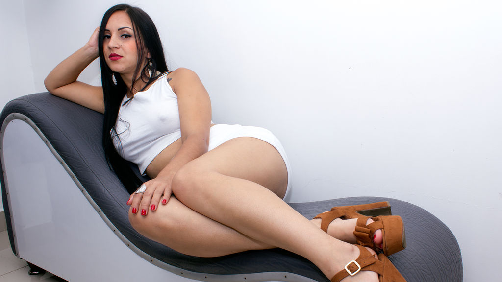 Miale online at GirlsOfJasmin