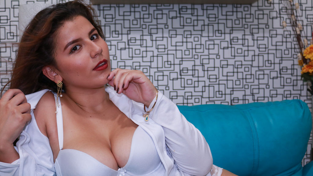 Statistics of KiaraMartin cam girl at GirlsOfJasmin