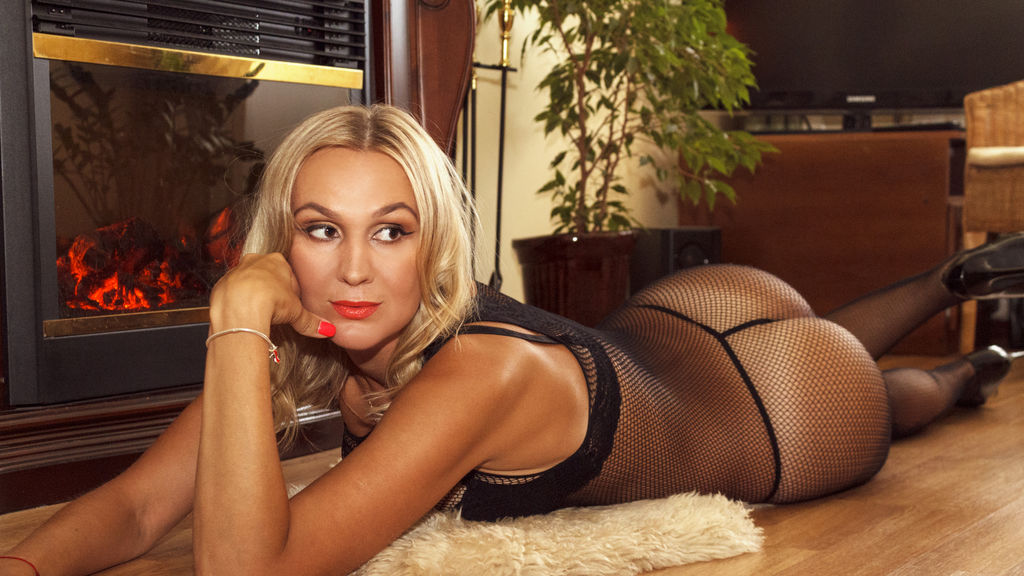 DivaGolden online at GirlsOfJasmin