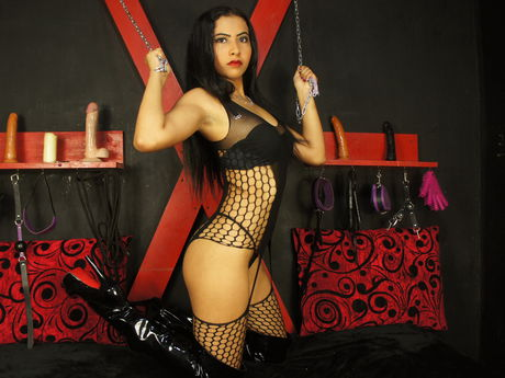 Live show with Mistress IloveANALoh