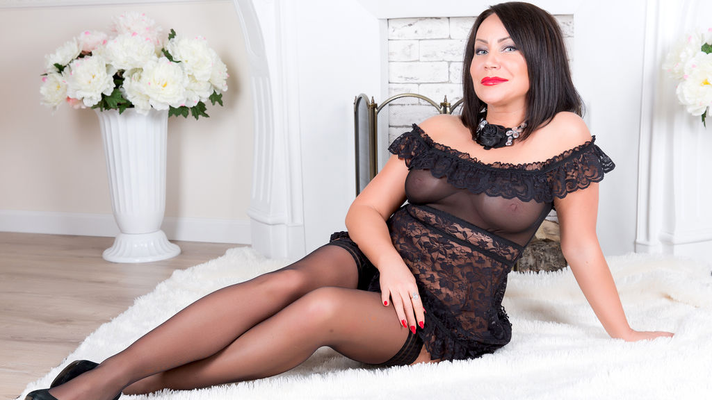 Watch the sexy BubbleHotAssforU from LiveJasmin at GirlsOfJasmin