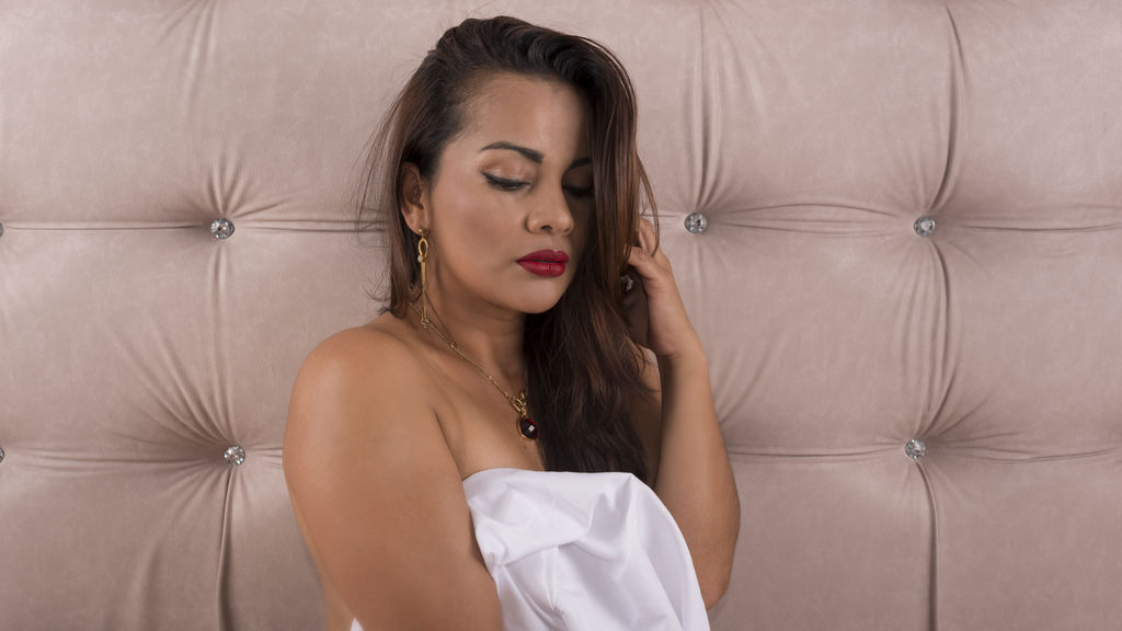 SamanthaBeckham online at GirlsOfJasmin