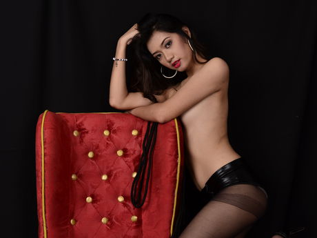 Live show with Mistress AsianSexyDirty