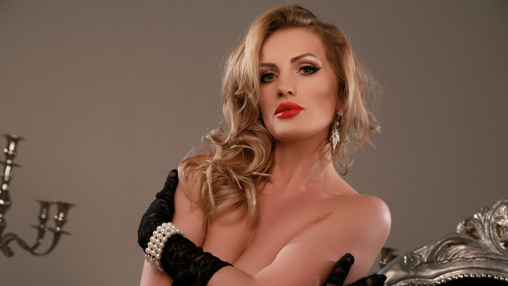 Watch the sexy AdelineAshton from LiveJasmin at PULA.ws