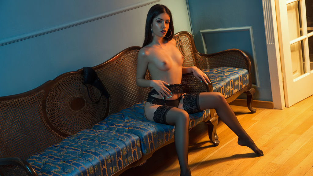 SophieDolce online at GirlsOfJasmin