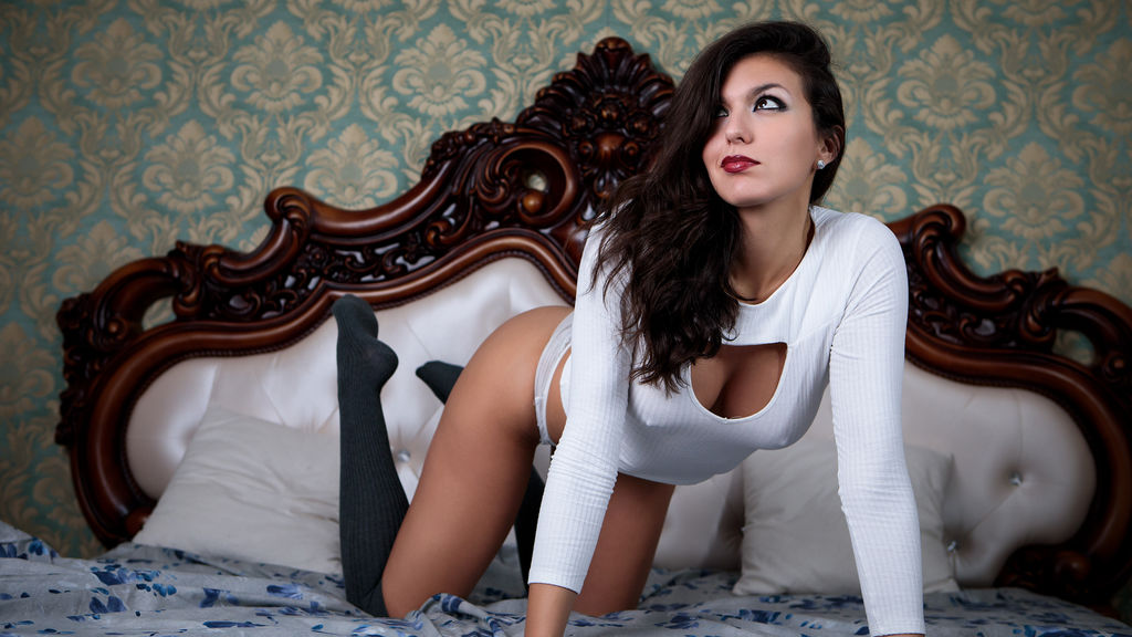 Watch the sexy IvonRenee from LiveJasmin at PULA.ws