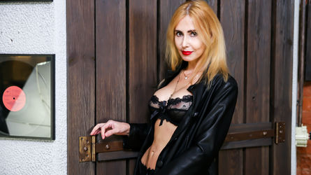 BlondySexyLadi | LiveJasmin